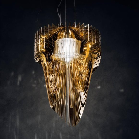 Slamp_Aria_Gold_Suspension_Lamp_Zaha_Hadid_Large_Mood_master